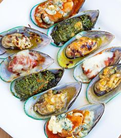 Mussels served 5 Ways -Pesto, Garlic, Italiano, Buffalo, Diablo by Ask Chef Dennis seafood recipe food recipeoftheday delicious appetizer tasty 209417451408224185 Fish Dishes, Seafood Dishes, Fish And Seafood, Seafood Recipes, Cooking Recipes, Mussel Recipes, Oyster Recipes, Seafood Salad, Clam Recipes