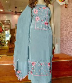 Looking for latest Plazo Suit Long online? Punjabi Designers brings to you a wide range of palazzo suits designs at best price. Embroidery Suits Punjabi, Embroidery Suits Design, Embroidery Fashion, Embroidery Designs, Embroidery Dress, Designer Party Wear Dresses, Kurti Designs Party Wear, Kurta Designs, Designer Wear