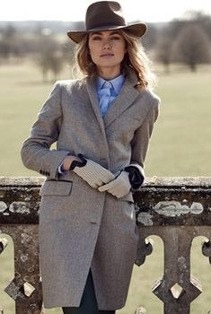 Albermarle Coat in Fawn Herringbone