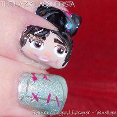 Lazy Lacquerista: Lilypad Lacquer :: Vanellope Nail Art