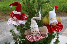 Alberta Hoff's 744 media content and analytics Christmas Ornament Crafts, Christmas Fairy, Christmas Crafts For Kids, Felt Christmas, Christmas Angels, Christmas Projects, Beautiful Christmas, Simple Christmas, Tree Decorations