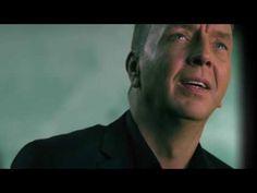 Jannes - Huilen Doe Ik Wel Alleen - Officiële videoclip - YouTube