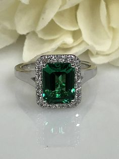 Emerald Cut Emerald And Diamond Halo Ring Set In White Gold Hand Jewelry, Custom Jewelry, Jewelry Rings, Vintage Jewelry, Jewellery, Indian Wedding Jewelry, Dream Engagement Rings, Bling, Emerald Jewelry