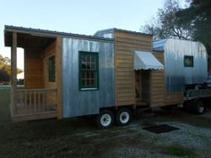 5th wheel tinyhouse with or without Chevy Kodiak puller