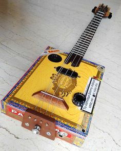 Electric Cigar Box Guitar 3string double 3rd string