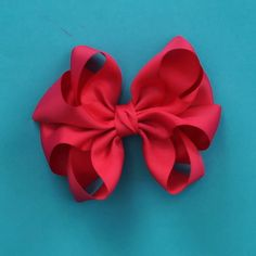 Disney Hair Bows, Baby Hair Bows, Ribbon Hair Bows, Diy Ribbon, Ribbon Crafts, Hair Bow Tutorial, Flower Tutorial, Handmade Hair Bows, Gift Bows