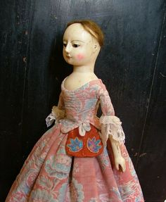 Reproduction English Wooden Queen Anne Dolls and Izannah Walker Dolls :  My doll's pocket is captivating...