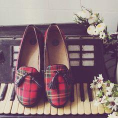 plaid. tartan shoes