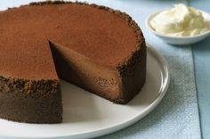 Ricetta choco cheescake |Dalla cucina di Titty e Flavia oggi prepariamo la rivisitazione golosa di un famoso dolce: ecco la ricetta choco cheescake