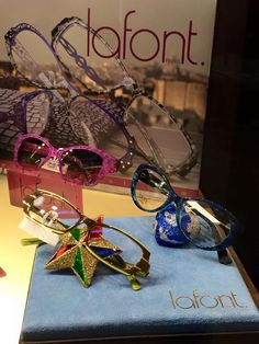 Lafont Eyewear Lafont, Eyeglasses, Eyewear, Gift Wrapping, Magic, Gifts, Gift Wrapping Paper, Presents, Wrapping Gifts