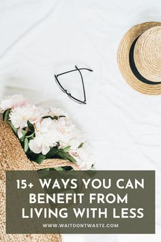 You've heard this before but it's true when they said that less is more. It all starts with being intentional and refusing things that you don't need. But how can living with less benefit you?… Minimalist Home Interior, Minimalist Lifestyle, Natural Furniture, Declutter Your Life, Minimal Decor, Slow Living, Sustainable Living, Simple Living, Benefit