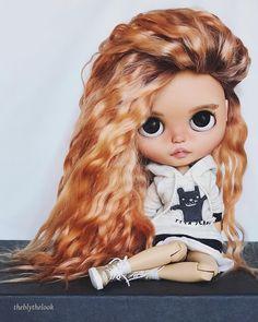 - Molly - #blythe #blythedoll #blythecustom #blythestagram #blythe_magic #customdoll #doll #dolls #dollstagram #dollphotography #dollcollector #mygirls❤