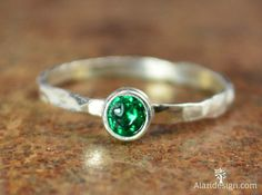 Small Emerald Ring / Mothers Ring / Hammered Silver by Alaridesign