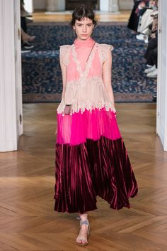 VALENTINO_2017SS_Pret_a_Porter_Collection