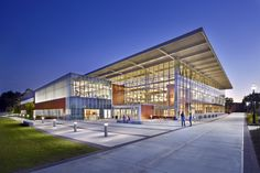 Image 6 of 6. The Student Wellness & Recreation Center at Georgia College & State University. Image Courtesy of JWest Productions