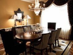 Cool 30+ Luxurious Black and Gold Dining Room Ideas For Inspiration http://decorathing.com/home-apartment/30-luxurious-black-and-gold-dining-room-ideas-for-inspiration/
