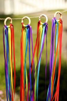 Dance Ribbon Ring - Waldorf Hand Kite - Rainbow Ribbon Ring - Rainbow Party Favor - Dance Ribbons - Set of 4 Rings, Diy And Crafts, Crafts For Kids, Arts And Crafts, Rainbow Party Favors, Diy Pour Enfants, Rainbow Ribbon, Rainbow Band, Imaginative Play, Activities For Kids