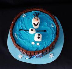 Olaf swimming in a kit kat swimming pool cake! Bolo Olaf, Kitkat Torte, Olaf Birthday Cake, Water Birthday, Birthday Ideas, Cake Cookies, Cupcake Cakes, Olaf Cake, Olaf Cupcakes