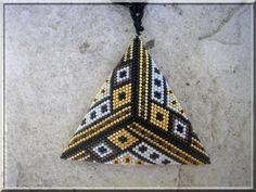 J'avais craqué sur un triangle de Pearly, merci Myriam pour ton partage !!!!