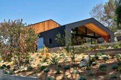 The Saddle Peak Residence Situated in the Santa Monica Mountains - Design Milk Santa Monica, Cedar Shingles, Cedar Siding, Western Red Cedar Cladding, Cedar Paneling, Cedar Lumber, Journal Du Design, Malibu, Mountain Designs