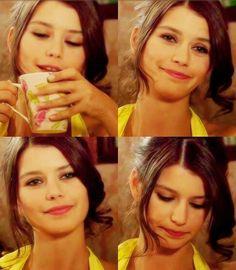 """Beren Saat in """"Ask-i Memnu"""" TV Series -hair style"""