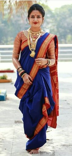 Indian Gowns Dresses, Indian Fashion Dresses, Indian Designer Outfits, Maharashtrian Saree, Marathi Saree, Marathi Bride, Marathi Wedding, Saree Wedding, Indian Bridal Outfits