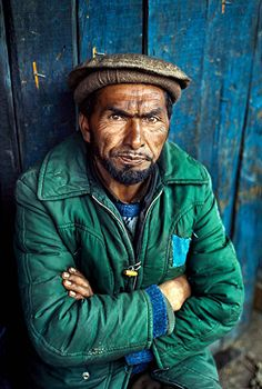 Portrait of a Man, Kashmir, 1998. Author: Steve McCurry.