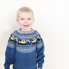 Ravelry: Gravemaskingenser (NORSK) by Katrine Opgård og Linn Anita Dahle Baby Boy Knitting Patterns, Baby Sweater Patterns, Knitting For Kids, Crochet Patterns, Crochet Round, Knit Crochet, Baby Pullover Muster, Fair Isle Knitting, Crochet For Beginners