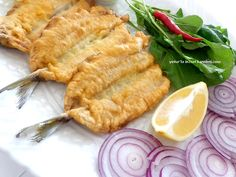 fried fish paneleyerek fritters like the pastry is delicious. Steak Recipes, Crockpot Recipes, Healthy Recipes, Shellfish Recipes, Seafood Recipes, Turkish Recipes, Asian Recipes, Asian Noodles, Fresh Fruits And Vegetables