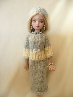 """Hand Knitted Outfit for Ellowyne or Other 16"""" Tall Tonner Dolls Gray White 