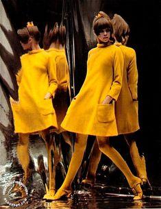 fashion SWEET JANE: Billion Dollar Look I still dream of an all yellow look. 60s Fashion Trends, 60s And 70s Fashion, 60 Fashion, Retro Fashion, Vintage Fashion, Womens Fashion, Fashion Design, Sporty Fashion, Winter Fashion