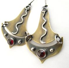 Tribal Garnet Earrings - Sterling Silver And Bronze Mixed Metal Earrings - Metalsmithed Jewelry - Temple Dancer Garnet Earrings, Tribal Earrings, Dangle Earrings, Jewelry Shop, Jewelry Art, Diy Jewelry Inspiration, Jewelry Ideas, Soldering Jewelry, Handmade Silver