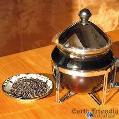 Try a Cup of Elderberry Tea for Colds and Flu / http://earthfriendlygoodies.com/630/elderberry-tea-for-colds-and-flu