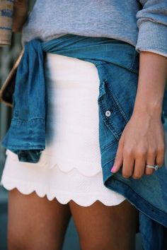 Seriously love this scalloped skirt Preppy Girl, Preppy Style, Style Me, Preppy Casual, Denim Style, Girl Style, Casual Wear, Estilo Cool, Summer Outfits