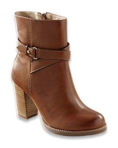 @tommybahama #shoe #style #hotshoe #tommybahama #relaxolgy #buytoday #perfectgift #boot #hotshoe #hot