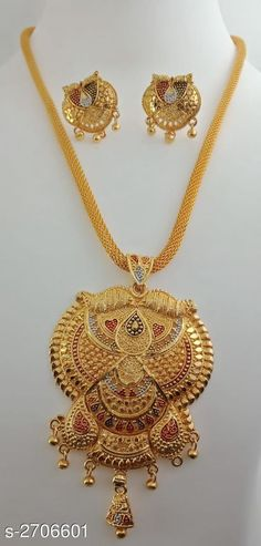 Checkout this latest Jewellery Set Product Name: *Women's Brass Gold Plated Jewellery Set* Country of Origin: India Easy Returns Available In Case Of Any Issue   Catalog Rating: ★4.1 (4027)  Catalog Name: Women's Brass Gold Plated Jewellery Set CatalogID_366611 C77-SC1093 Code: 181-2706601-504