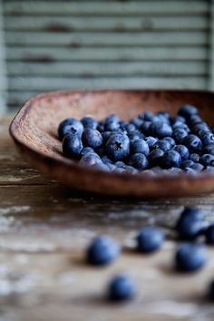 Me and my daddy :) Good Blueberry Pickin' Memories Fruit And Veg, Fruits And Vegetables, Fresh Fruit, Food Photography Styling, Food Styling, Color Photography, Sem Gluten Sem Lactose, Blueberry Farm, Macaron