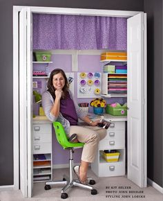 Cool closet crafting room!!