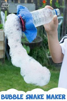 How to make a bubble snake maker. a bubble snake maker is super simple to make and a great fun activity for kids.