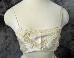1930s  Bra Rayon Cream Ivory Lace Bridal .