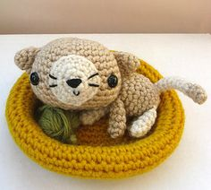 Ana Paula Rimoli - Amigurumi Cuteness at its best (I have two of her pattern books, so cute, so easy to follow!