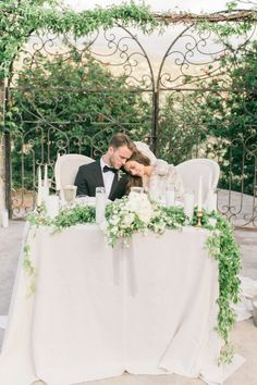 Floral covered sweetheart table:  http://www.stylemepretty.com/2016/05/17/muted-earth-tones-inspired-wedding-design/ | Photography: Elate Photo - http://www.elatephoto.com/
