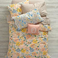 Looking for floral duvet cover that& always in bloom? Our Floral Rush Duvet Cover is ready to freshen up any bedroom in your home. It features a colorfully printed flower design and comfy cotton construction. Duvet Bedding, Girl Bedding, Bedding Sets, Beige Bedding, Bedding Decor, Rustic Bedding, Modern Bedding, Cotton Bedding, Luxury Bedding