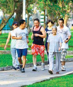 người bệnh ung thư tập thể dục mỗi ngày  http://www.9appsapk.com/ http://www.thuocvidatoxcuba.com.vn/ http://dichvusuachua247.com/dv-sua-chua-do-go/