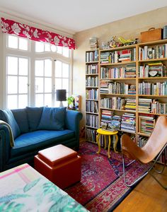 How This Maximalist Family Thrives in a Apartment Small Apartment Bedrooms, Colorful Apartment, Small Apartment Design, Small Apartments, Apartment Living, Family Apartment, Small Space Living, Small Spaces, Living Spaces