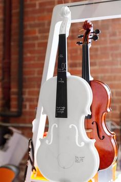 Formlabs designer Brian Chan has just proven that resin is in fact a perfect material option for 3D printed instruments, by 3D printing a gorgeous and fully playable 3D printed violin.