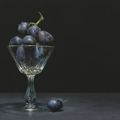 American artist, born James Neil Hollingsworth was raised in Marietta, Georgia. Shockingly, with the exception of a few life drawing classes in the Hyper Realistic Paintings, Fruit Painting, Still Life Photos, Painting Still Life, Realism Art, Photorealism, Traditional Paintings, Food Art, Glass Art