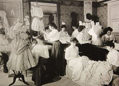 The curious guide to the history of Parisian Haute Couture (Part 1) | http://www.afashionhistory.com