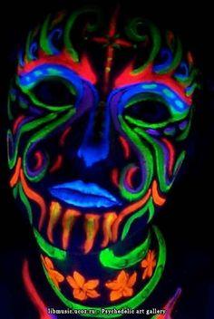 psychedelic-body-art-3.jpg Photo by slyde722   Photobucket