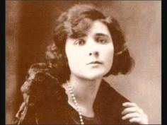 Eunice Munõz diz dez poemas de Florbela Espanca*